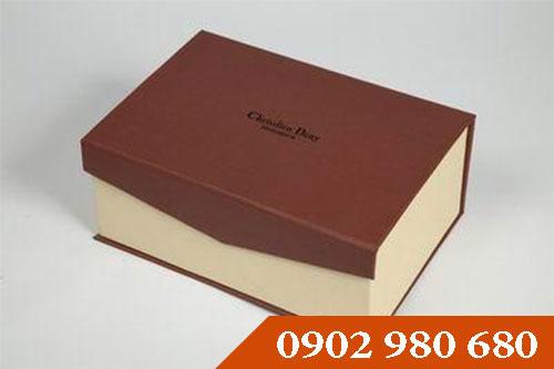 Lợi ích của những chiếc hộp giấy cứng - địa chỉ in ấn Kalapress