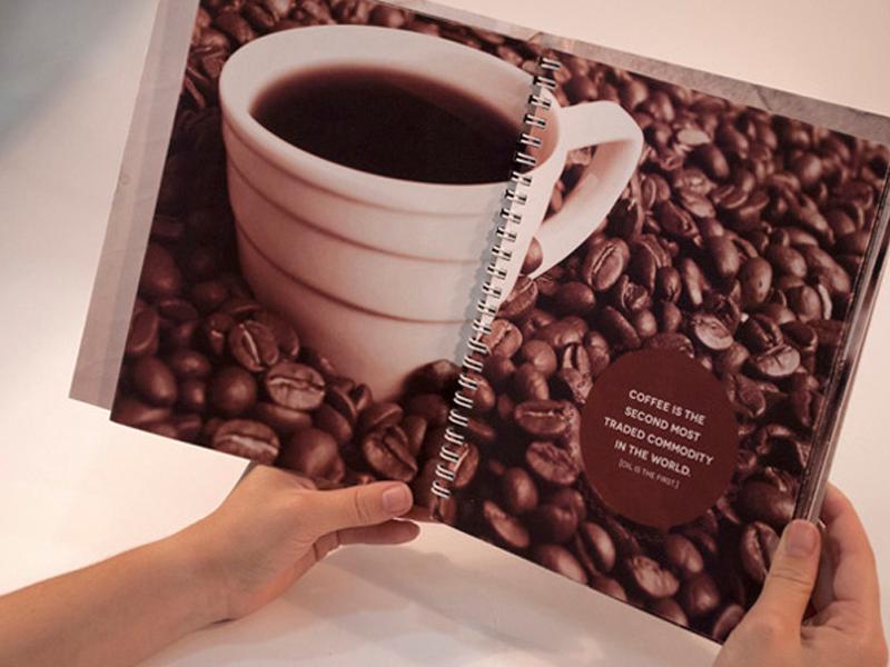 Đóng sách lò xo a little coffee book 06 | KALAPRESS.VN